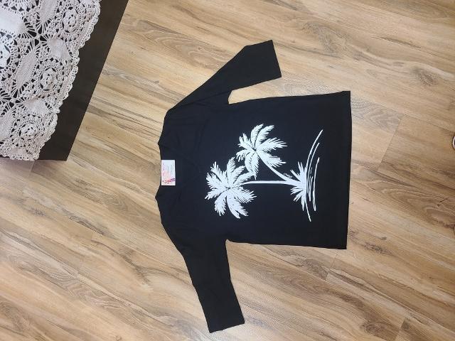 Artist Palm Tree V Neck Tops