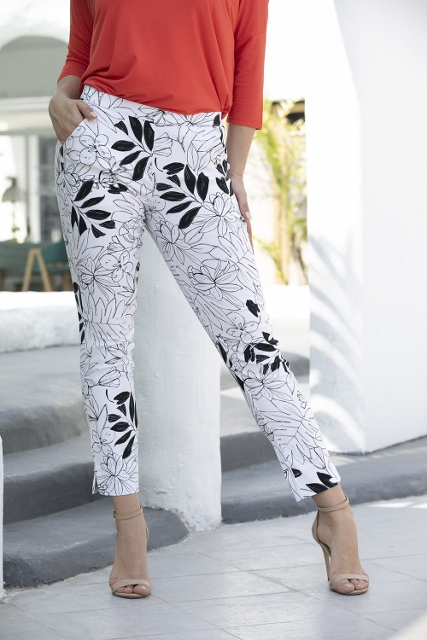 Pull on Flat Panel Printed Pants with Pockets