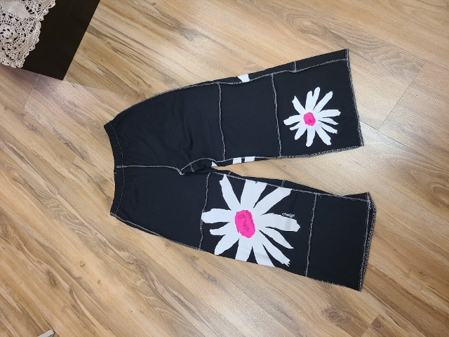 Artist White and Pink Flower Beach Pants