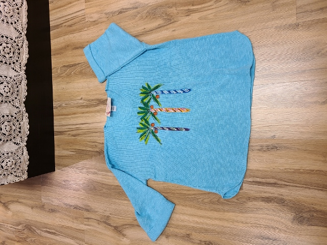 One Size Artsy Painted Coconut Palm Sweaters