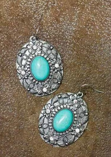 Vintage Silver Oval Earring with Turquoise Stone