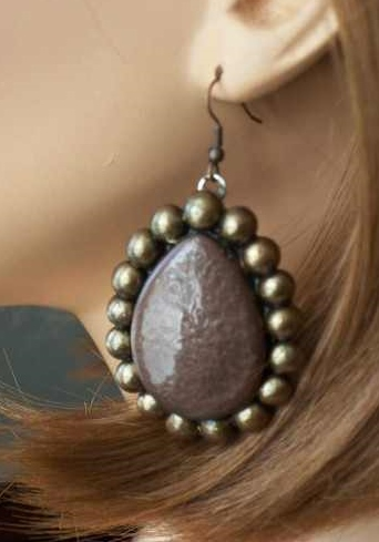 Teardrop Natural/Bronze Earrings