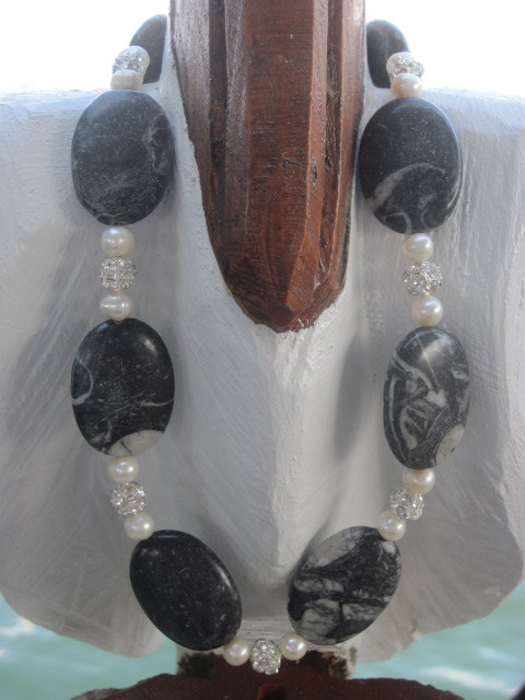 Jasper and white Glass Pearl Necklace