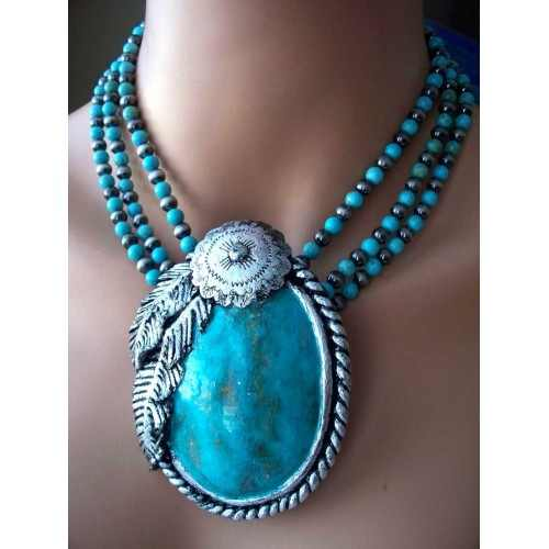Mega Oval with Feather Design Necklace