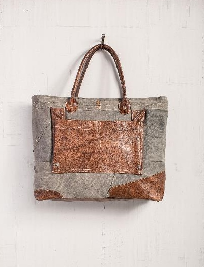 The Dakota Tote Bag